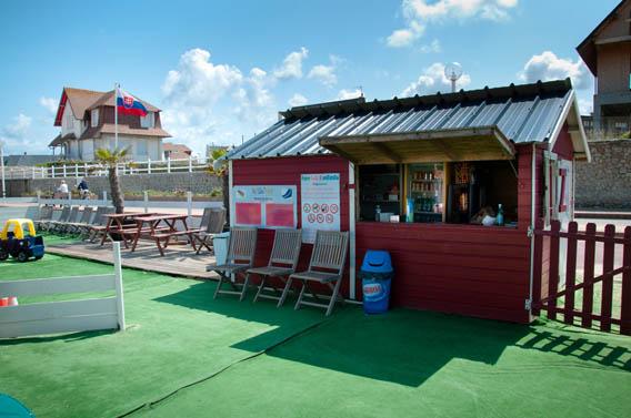 buvette plage enfants parc attractions benerville normandie